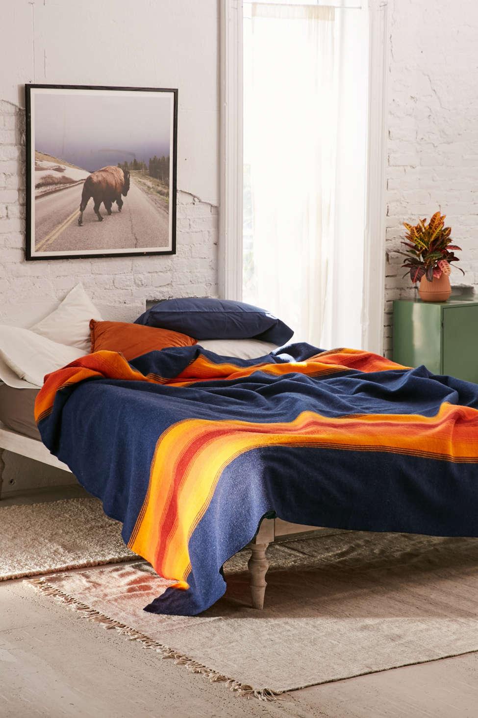 Slide View: 1: Pendleton Grand Canyon Bed Blanket