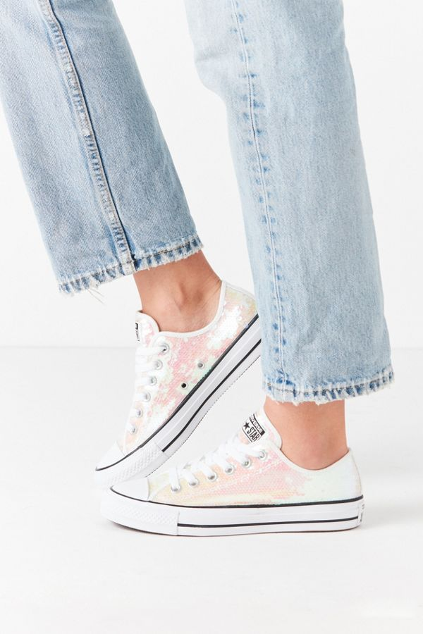 Converse Chuck Taylor All Star Sequined Low Top Sneaker  da15ae12c