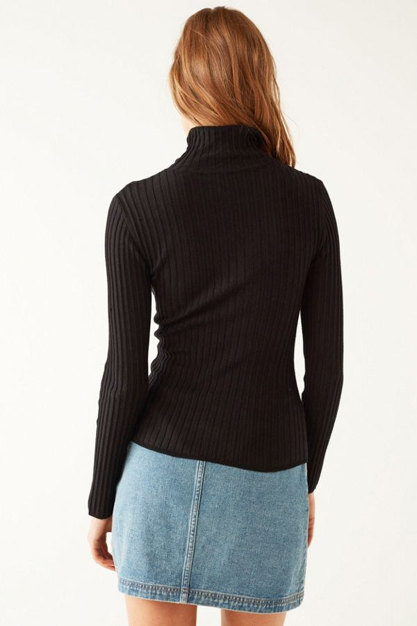 Silence Noise Macy Ribbed Knit Turtleneck Sweater