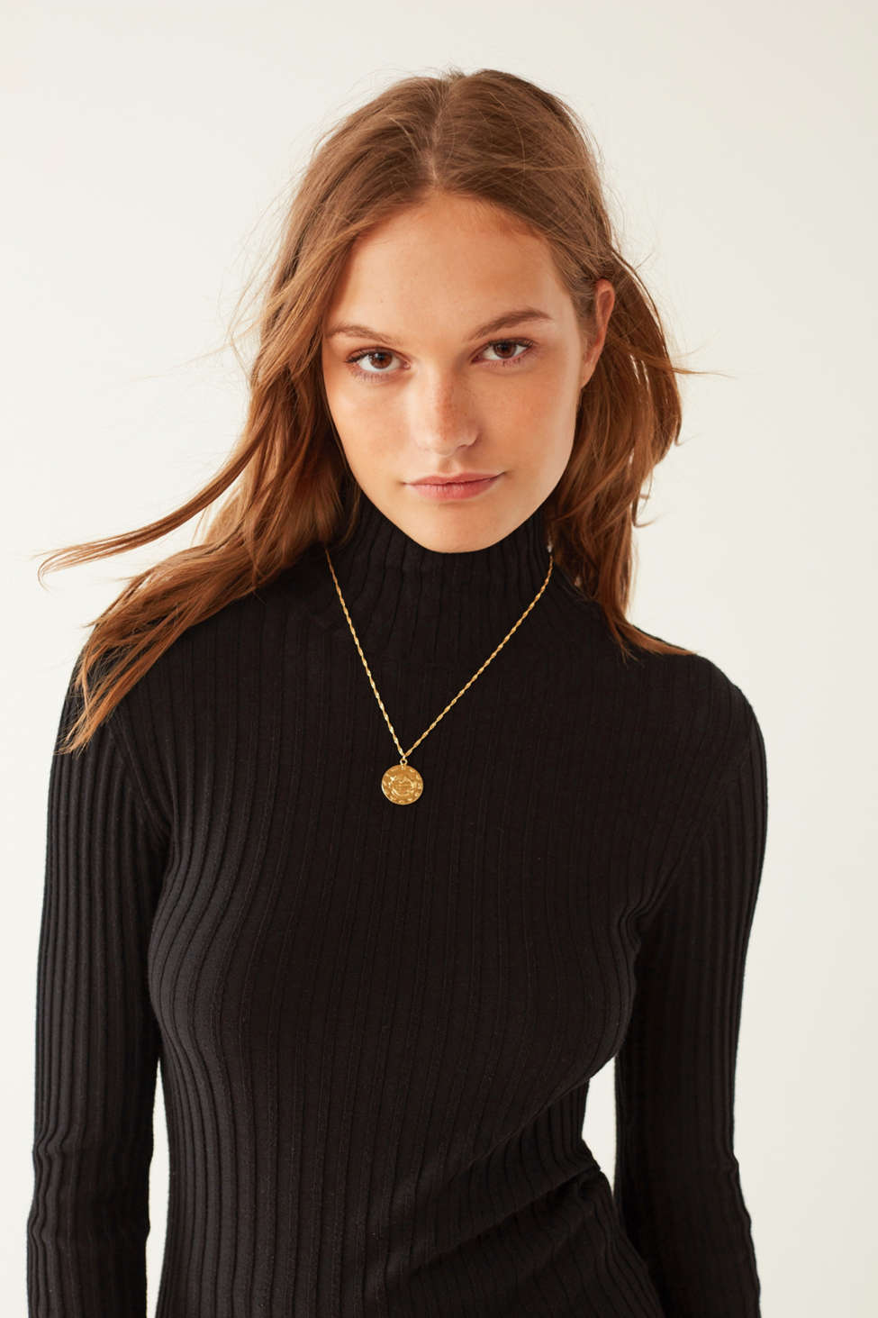 Silence   Noise Macy Ribbed Knit Turtleneck Sweater | Urban Outfitters