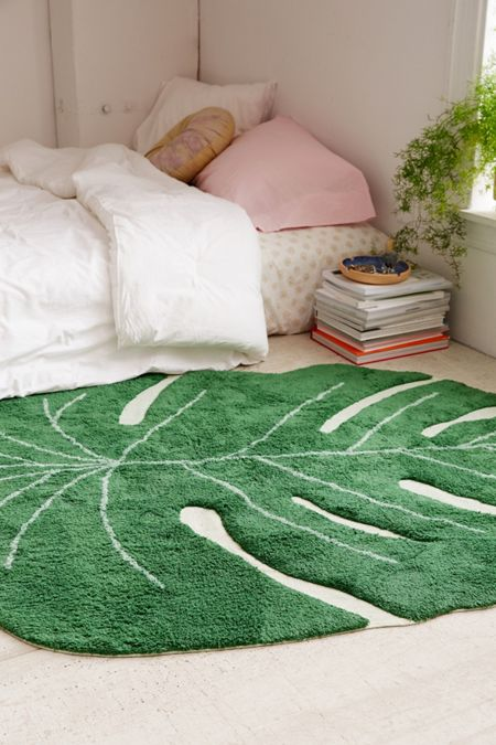 Monstera Leaf Washable Rug