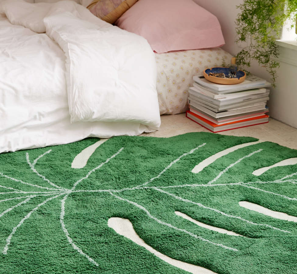 Slide View: 2: Monstera Leaf Washable Rug