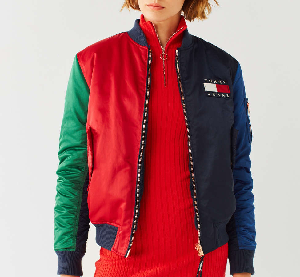 Slide View: 1: Tommy Jeans '90s Reversible Bomber Jacket