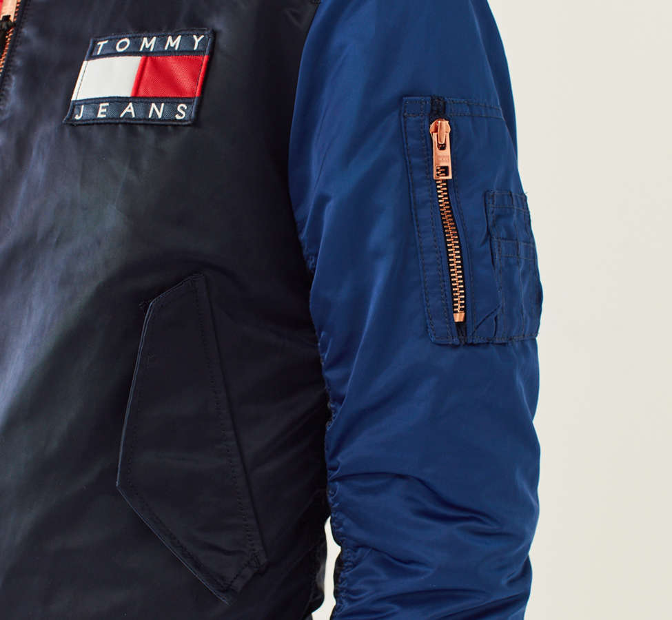 Slide View: 6: Tommy Jeans '90s Reversible Bomber Jacket