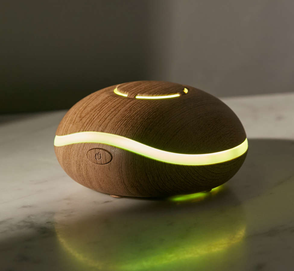 Slide View: 1: Lily Travel Essential Oil Diffuser