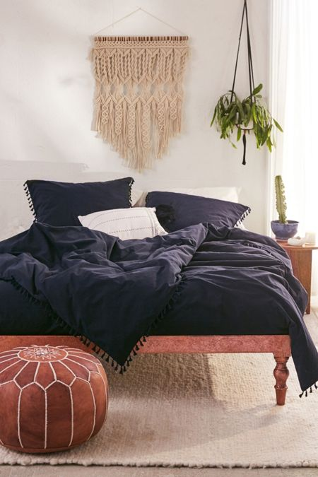 Bedding bed linens urban outfitters washed cotton tassel duvet cover gumiabroncs Image collections