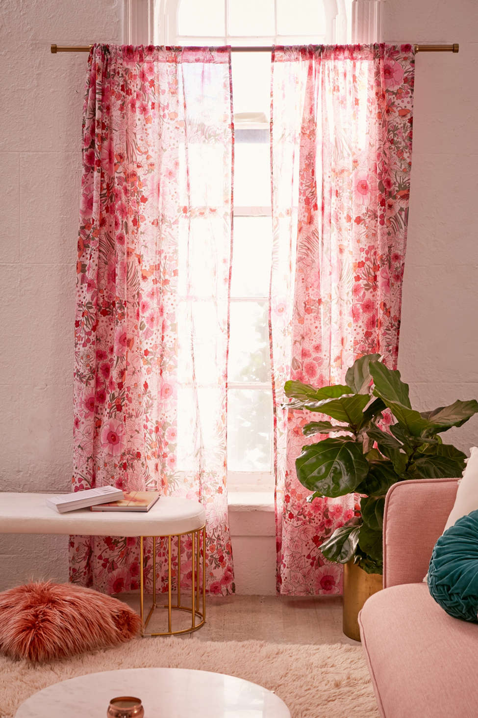 Slide View: 1: Lovise Floral Window Curtain