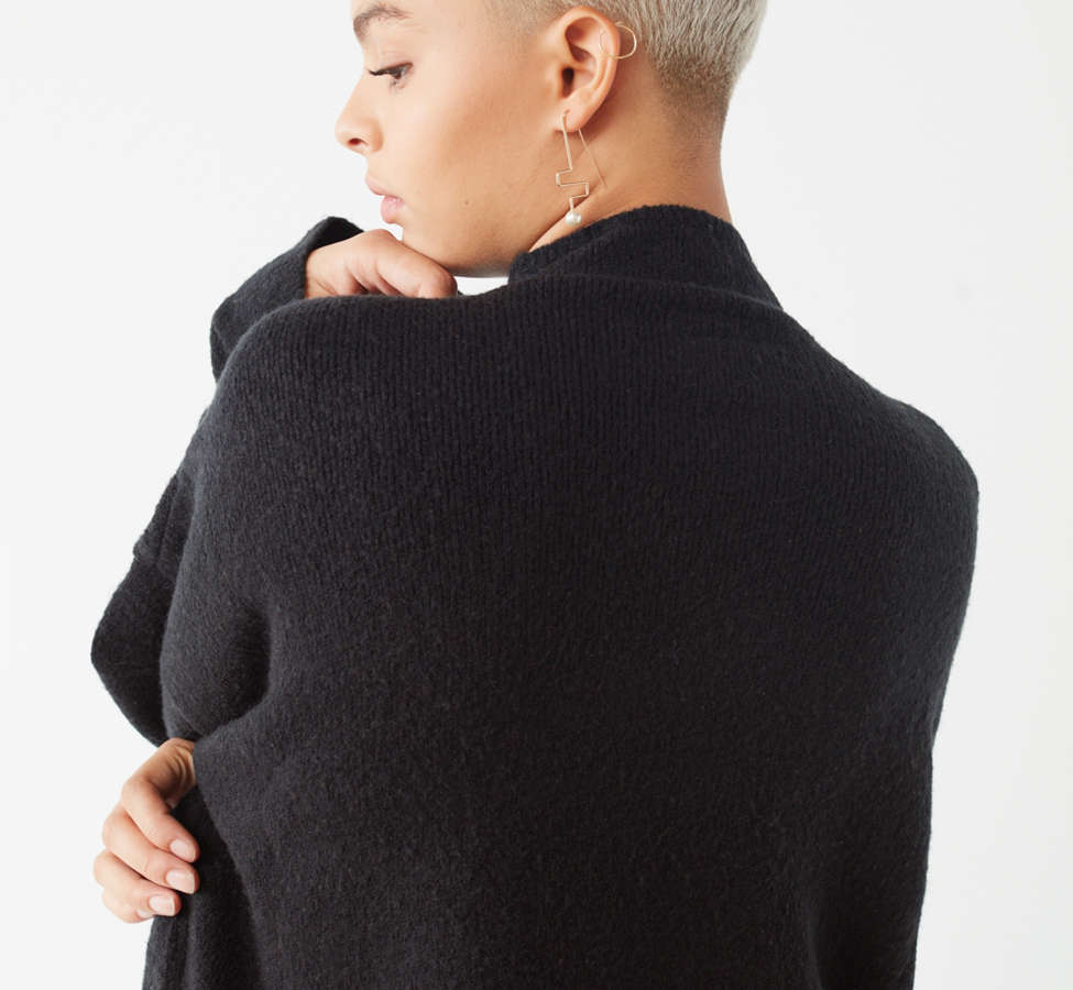 Slide View: 3: UO Benny Fuzzy Mock-Neck Sweater