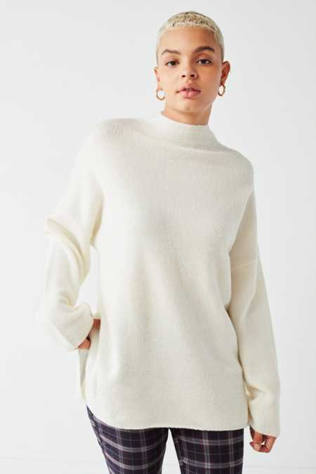 Fuzzy Sweaters   Cardigans For Women | Urban Outfitters