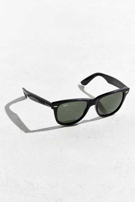 Ray-Ban Classic Black Wayfarer Sunglasses