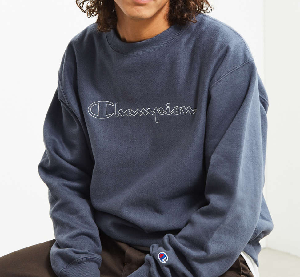 Slide View: 1: Champion & Urban Outfitters Script Logo Crew Neck Sweatshirt