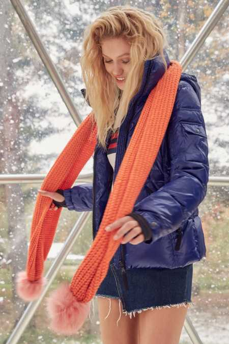 Colorblocked Pompom Scarf