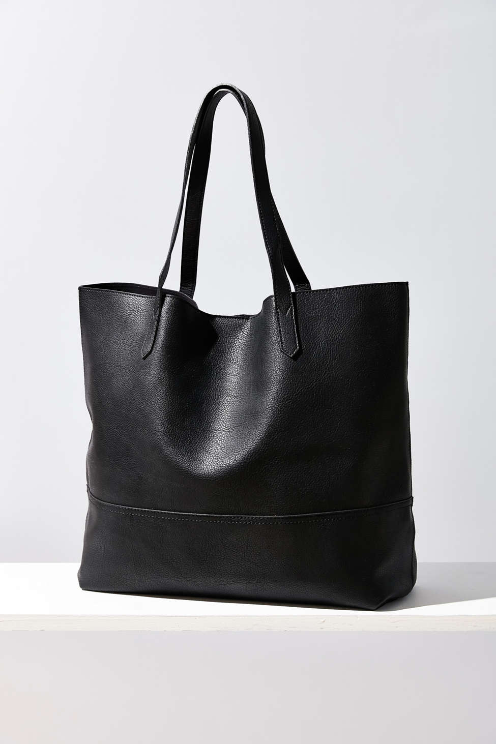 Sole Society Dawson Faux Leather Oversized Tote Bag | Urban Outfitters