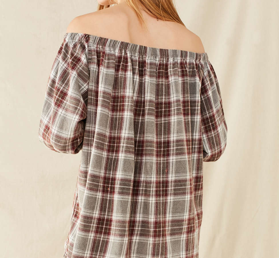 Slide View: 3: Urban Renewal Remade Off-The-Shoulder Washed Flannel Dress