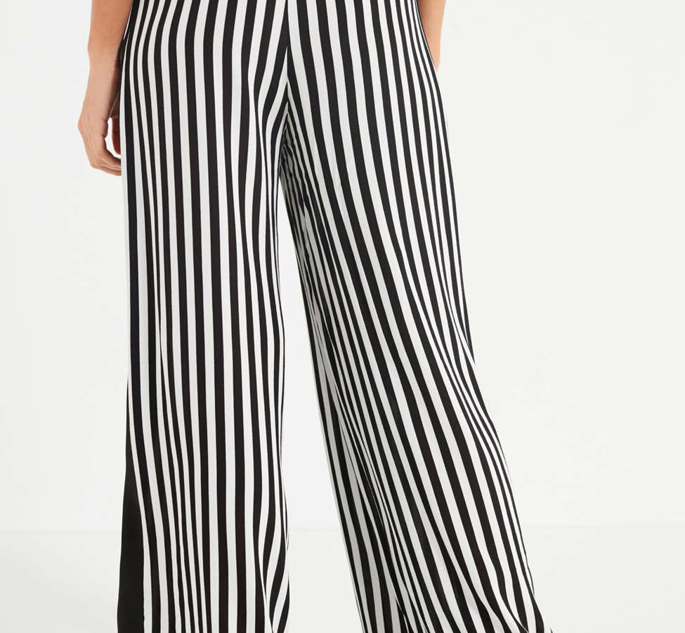 Slide View: 2: UO High-Rise Striped Pant