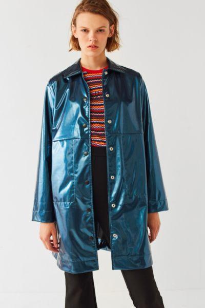 UO Jamie Metallic Patent Rain Coat - Dark Blue XS at Urban Outfitters