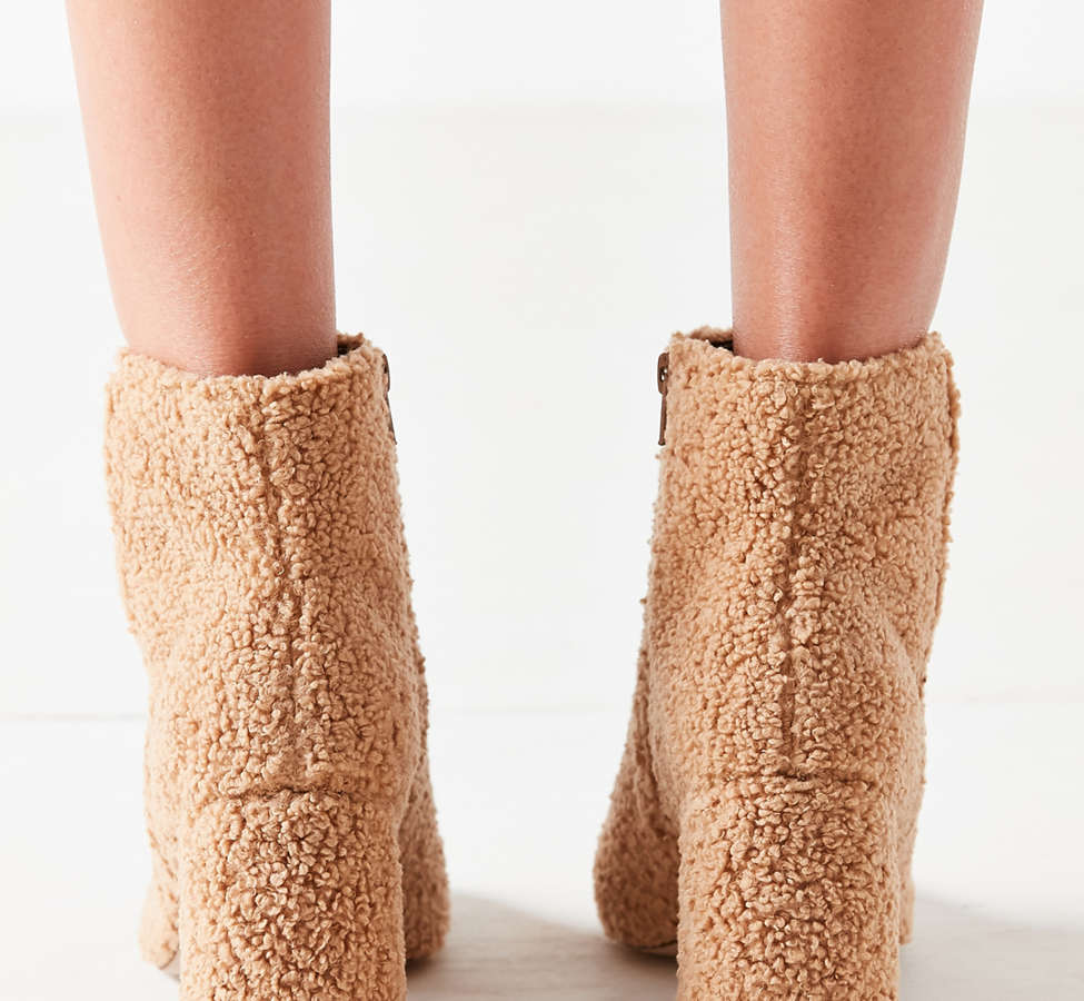 Slide View: 6: Timber Faux Sherpa Ankle Boot