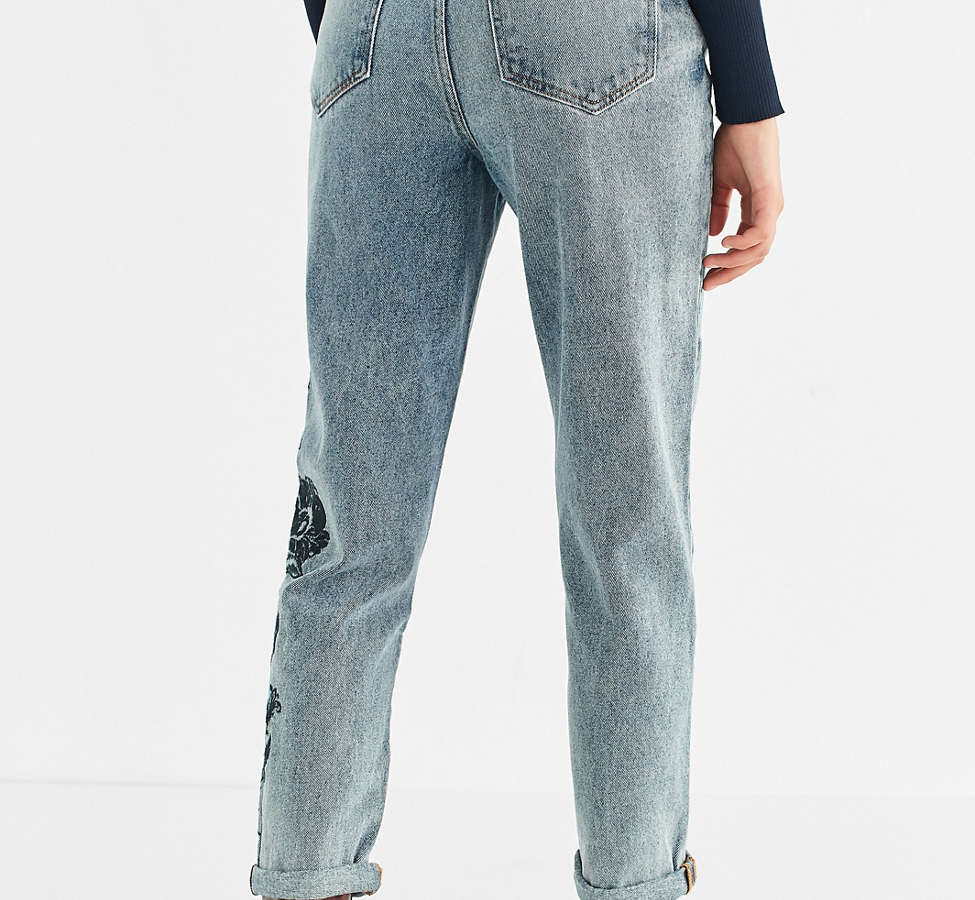 Slide View: 3: BDG Mom Jean - Floral Embroidered