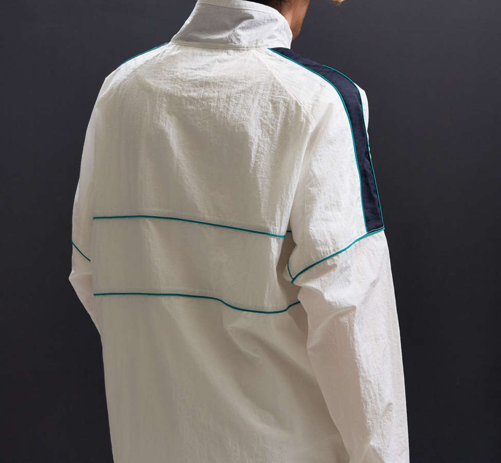 Slide View: 4: UO Mixed Fabric Crinkly Windbreaker Jacket