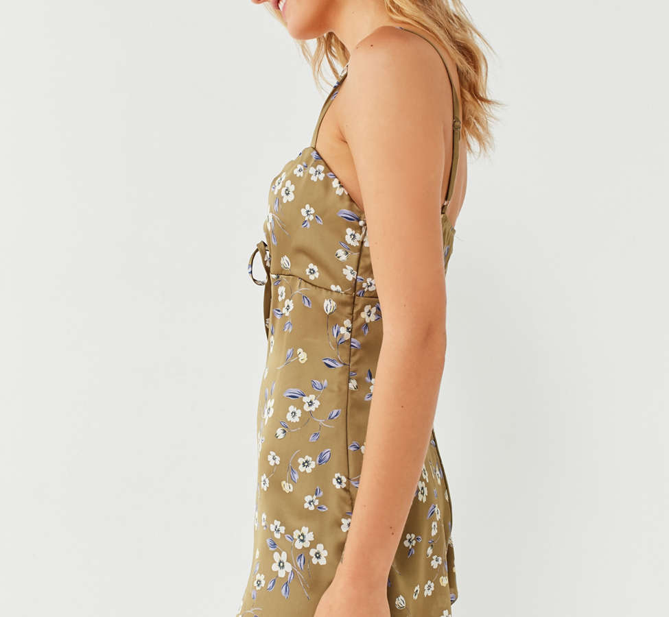 Slide View: 3: UO Empire Waist Cinched Romper