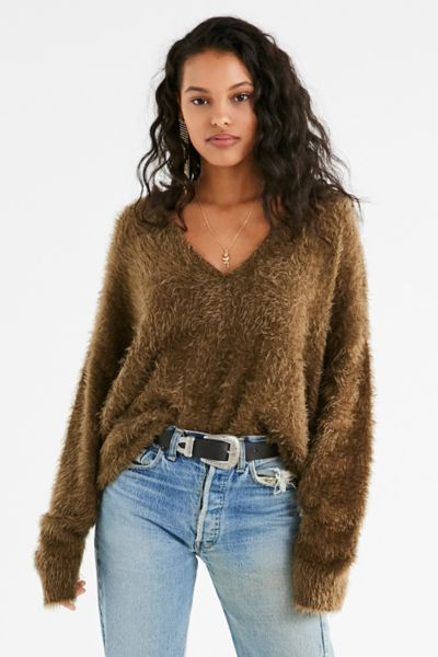 UO Oversized Fuzzy Sweater - Green XS at Urban Outfitters