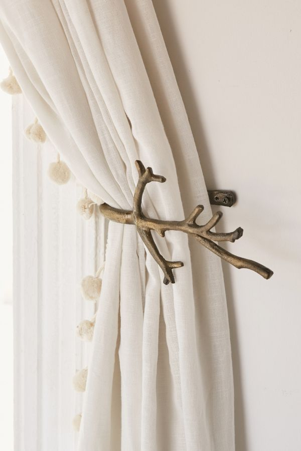 Slide View: 1: Branch Curtain Tie-Back