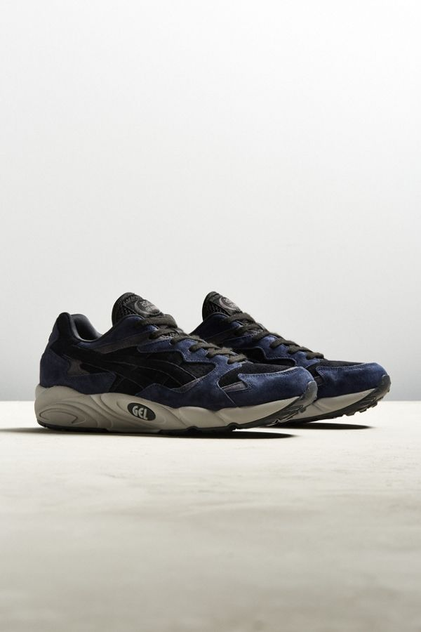 Slide View: 1: Asics Gel Diablo Sneaker