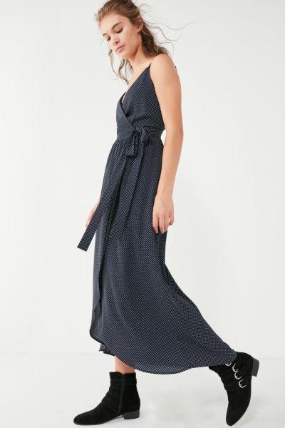 UO Sleeveless Wrap Midi Dress - Navy XS at Urban Outfitters
