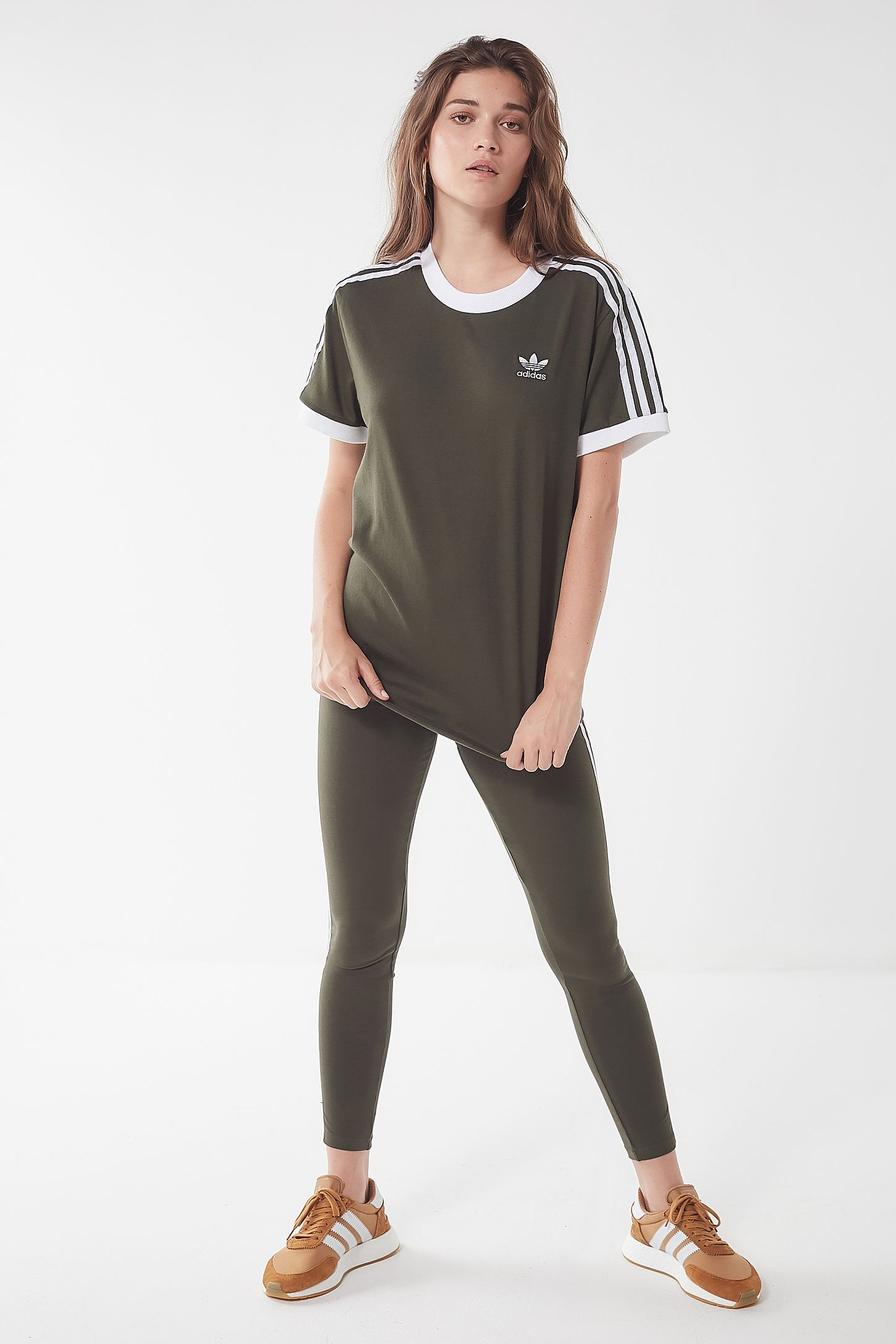 Adidas Originals 3 Stripes Ringer Tee Urban Outfitters Lover Graphic T Shirts Putih L Slide View 4
