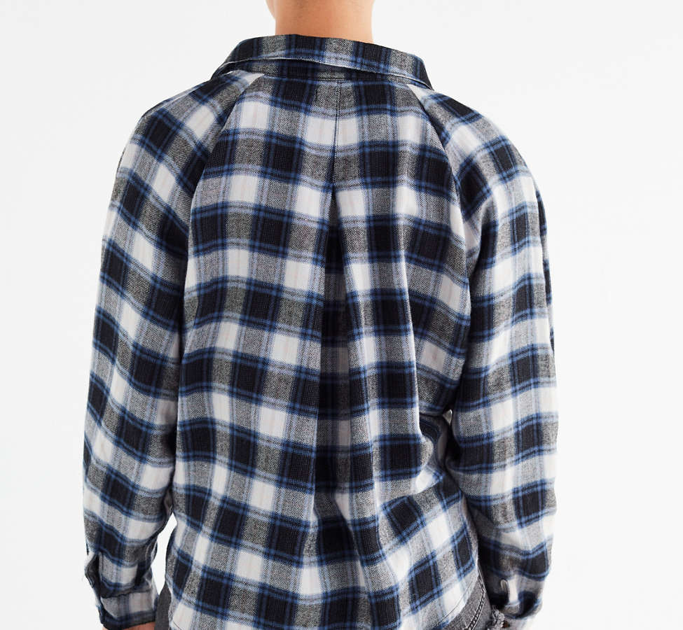 Slide View: 2: UO Courtney Tie-Front Flannel Top