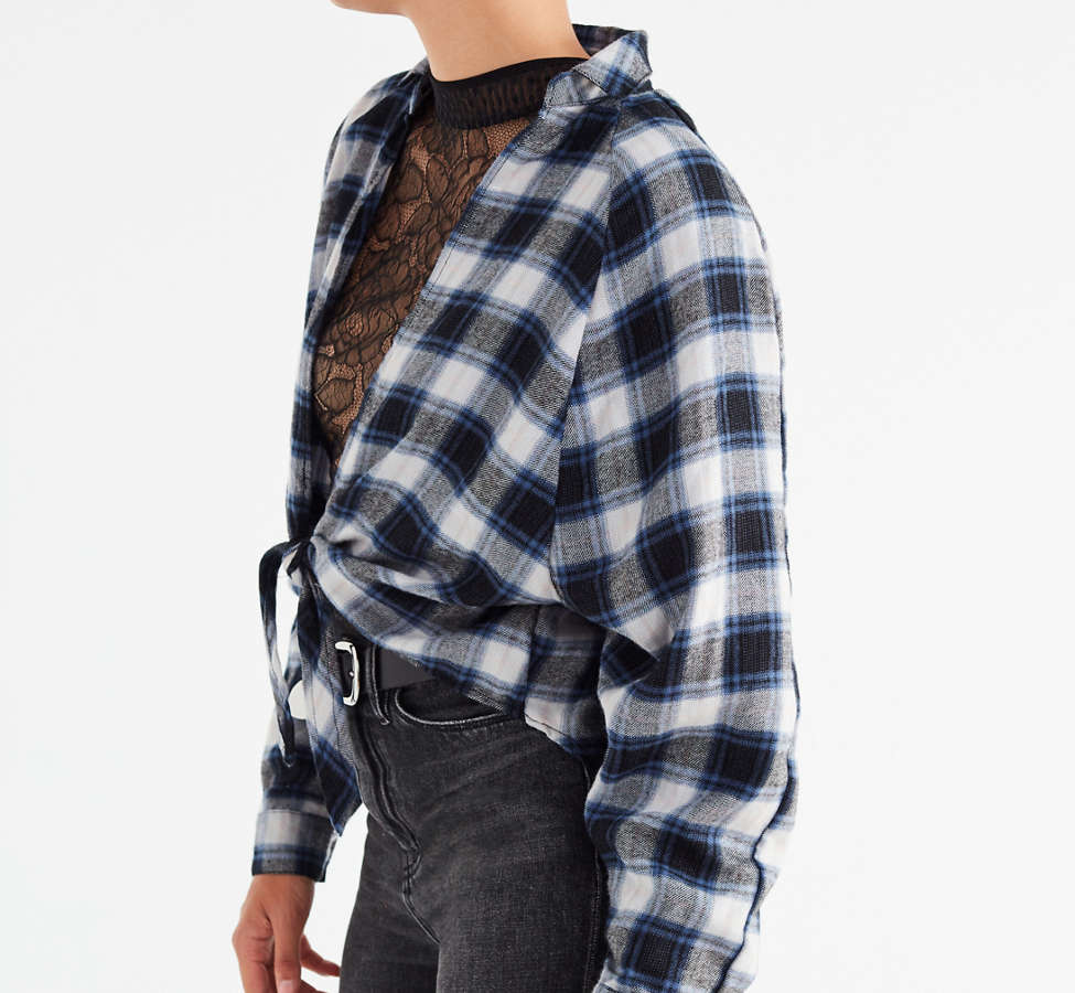 Slide View: 5: UO Courtney Tie-Front Flannel Top
