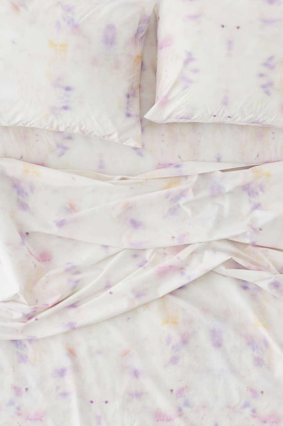 Slide View: 2: Soft Mirror Dye Sheet Set