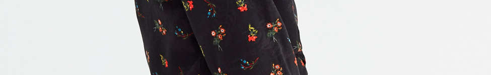 Thumbnail View 6: UO Deep V Cinched Floral Shirt
