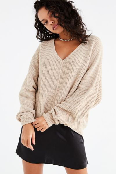UO Oversized Chenille V-Neck Sweater - Ivory XS at Urban Outfitters