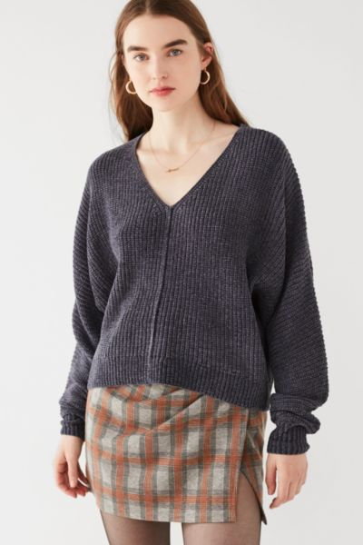 UO Oversized Chenille V-Neck Sweater - Blue XS at Urban Outfitters