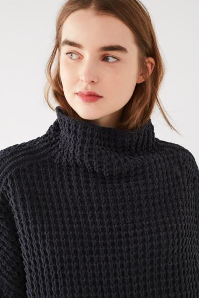 UO Waffle Knit Turtleneck Sweater - Blue XS at Urban Outfitters