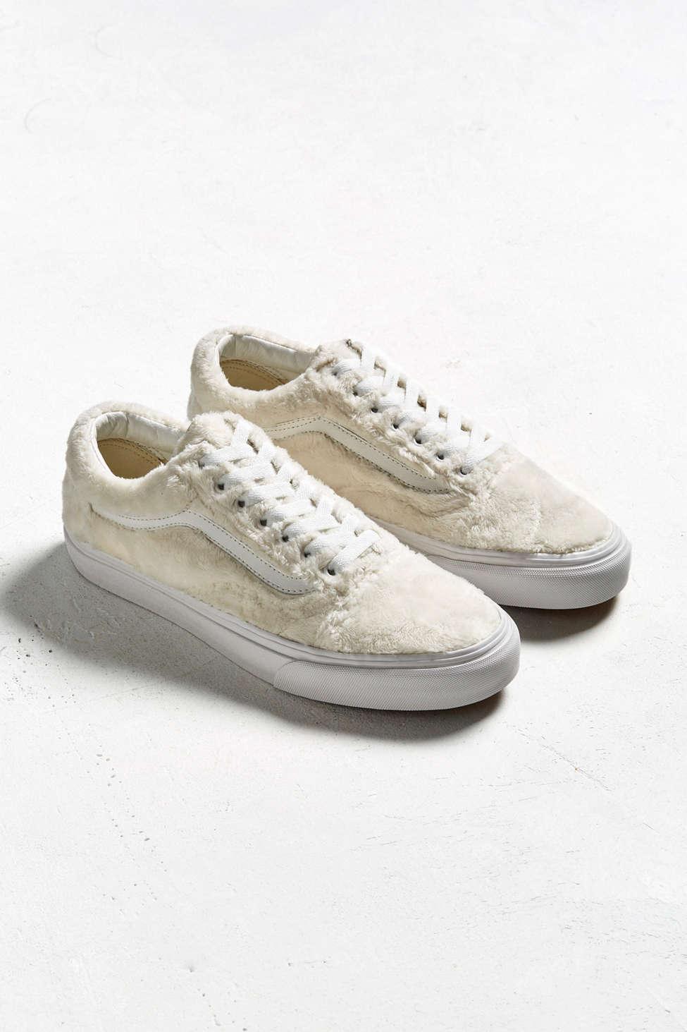 Womens Old Skool Sherpa Sneakers Vans