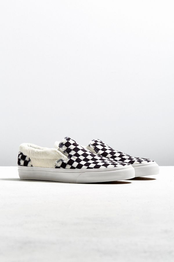vans vault slip on checkerboard black