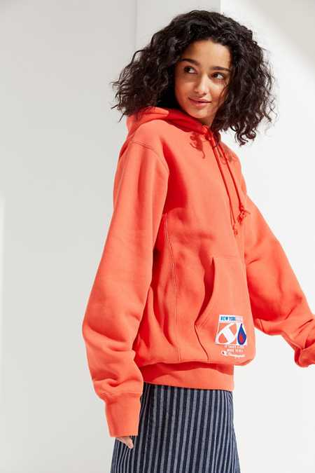 Champion & UO Novelty Graphic Hoodie Sweatshirt