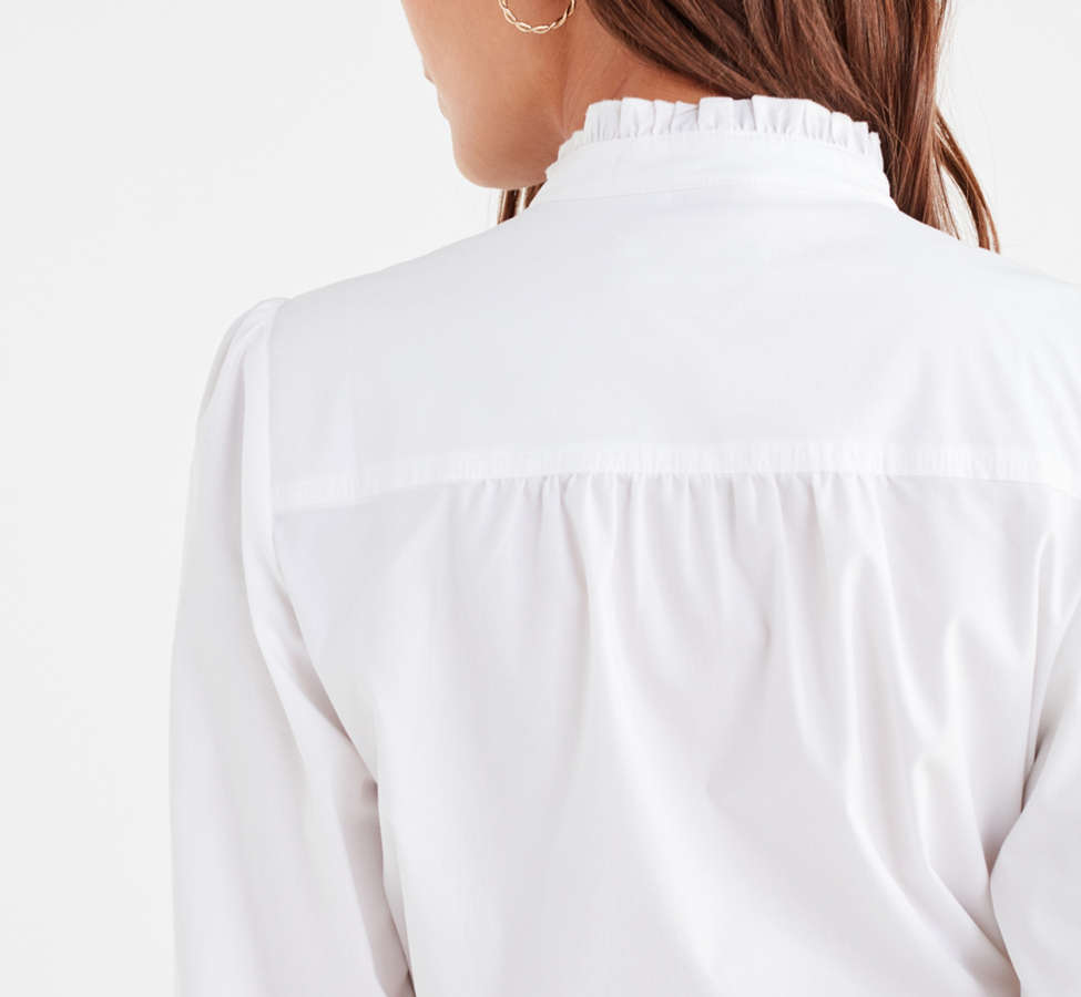 Slide View: 3: UO Ella Poplin Ruffle Top