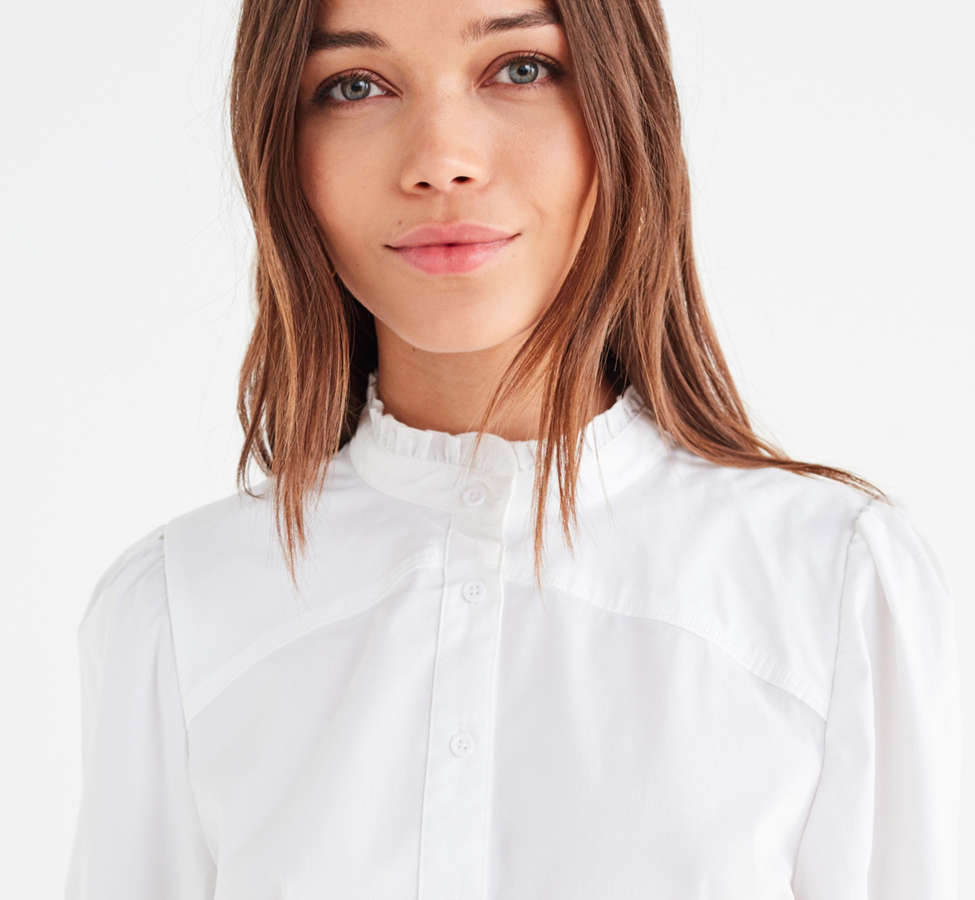 Slide View: 5: UO Ella Poplin Ruffle Top