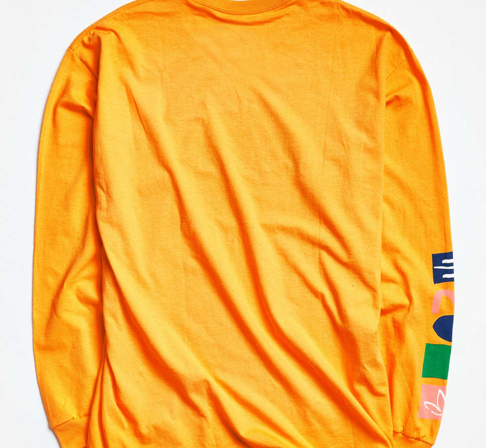 Slide View: 2: UO + VH1 Save The Music Foundation Long-Sleeve Tee