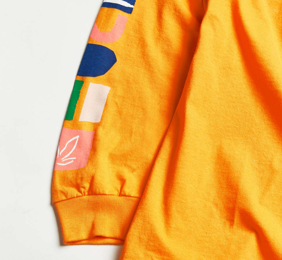 Slide View: 4: UO + VH1 Save The Music Foundation Long-Sleeve Tee