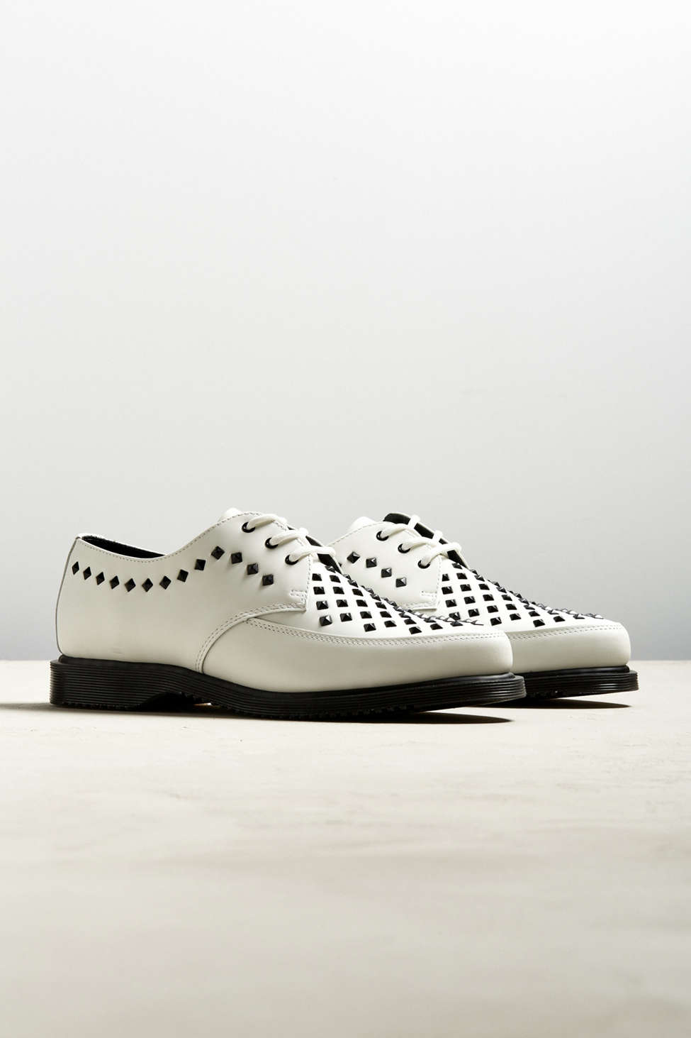 Dr Martens Willis studded creepers in white