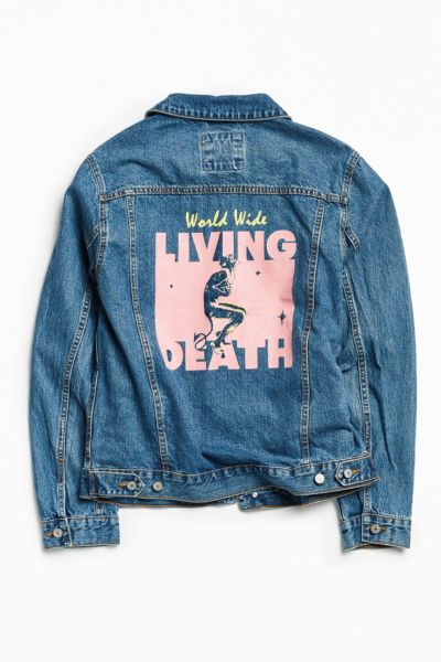 BDG Graphic Patch Denim Trucker Jacket - Tinted Denim XS at Urban Outfitters
