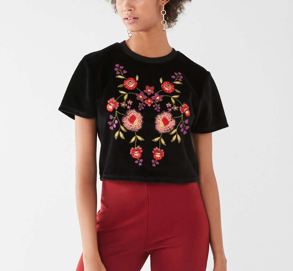 Slide View: 1: UO Embroidered Velvet Tee