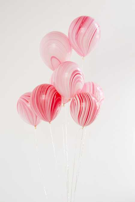 Knot & Bow Marble Balloon Set