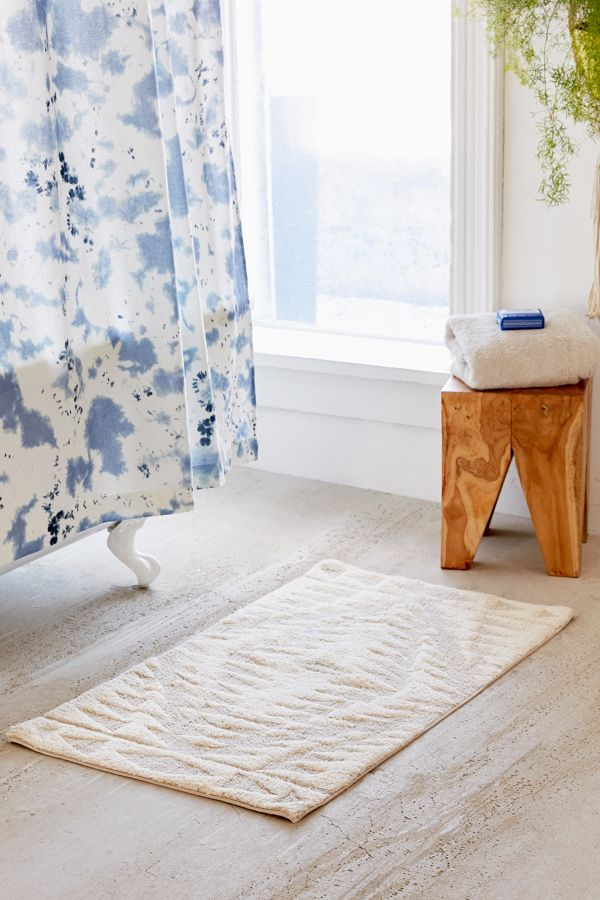 Luxury Bath Rugs Sink Your Toes In Comfort Fashion Colors
