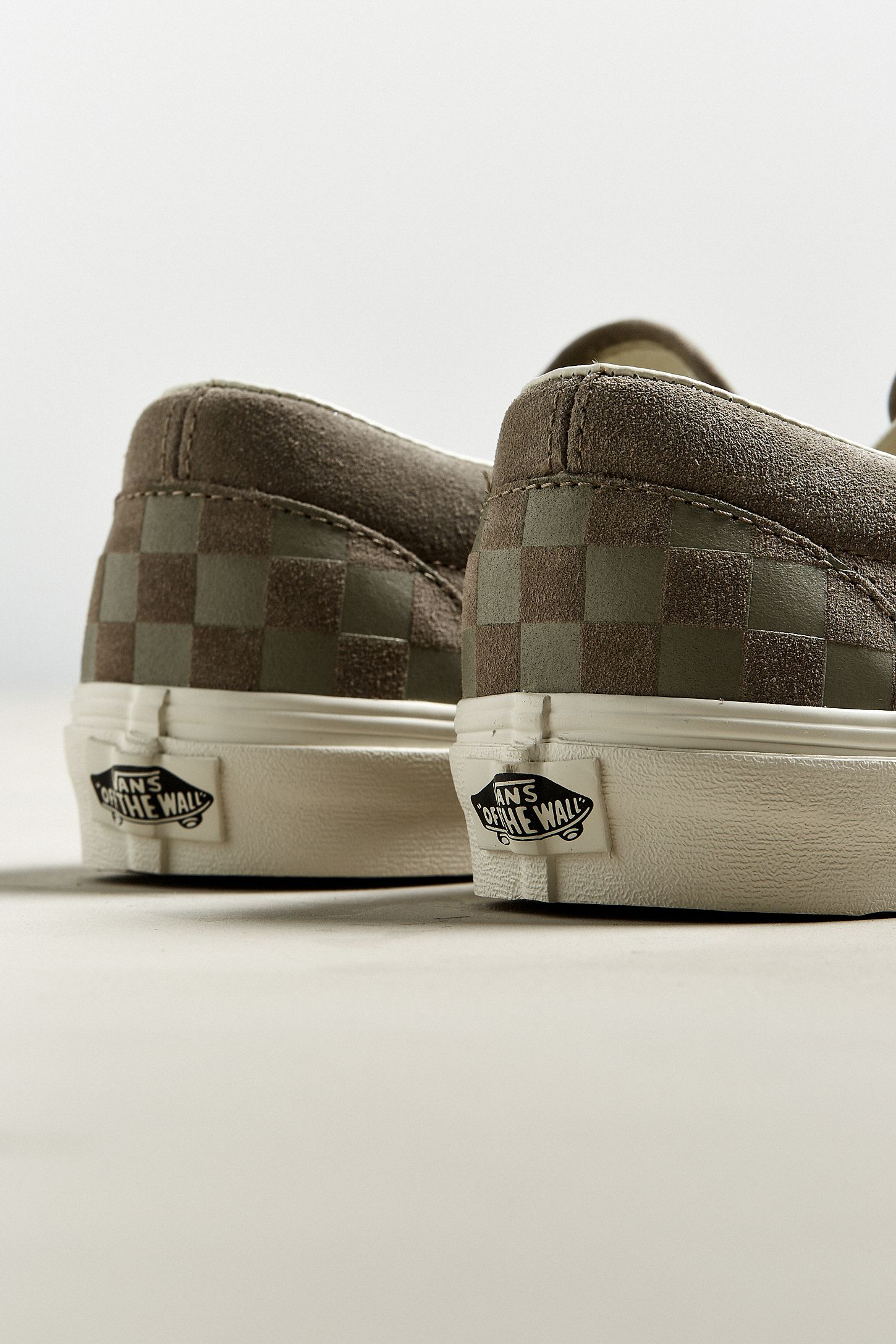 vans slip on checkerboard grey