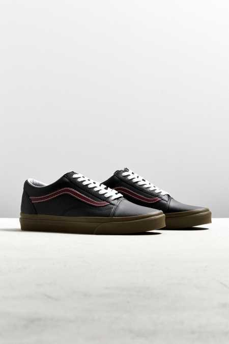Vans Old Skool Leather Gum Sole Sneaker